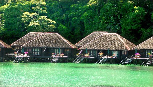 resort - natural retreats